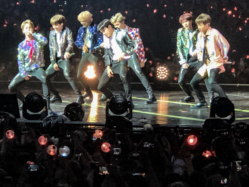 Awesome Bts Love Yourself Tour Fort Worth wallpapers to download for free greenvirals